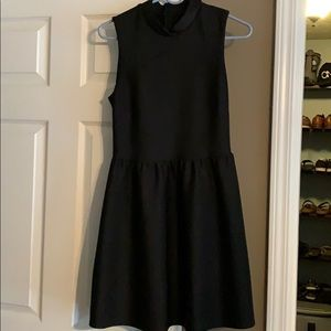 Cute little black dress size 6 like new